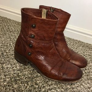 Frye Lynn Military Brown Distressed Leather Boots